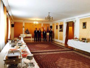 camareros en embajadas Madrid